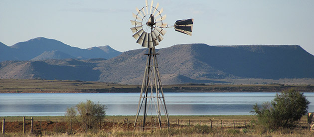 Driekwartblou Guest House - Gariep Dam accommodation - Free State