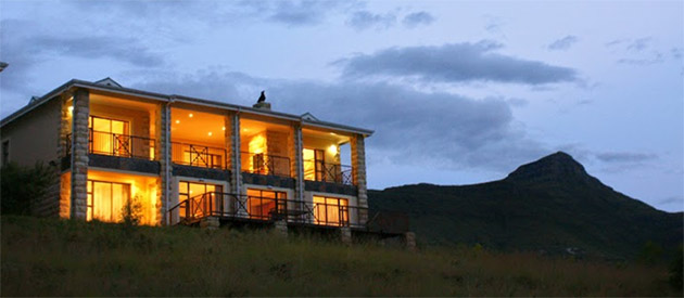 GUINEA FOWL LODGE, Sleeps 8 – 12 People Self-Catering